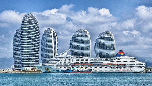 luxury cruise connections